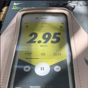 Nike Running Phone Pocket Arm Band